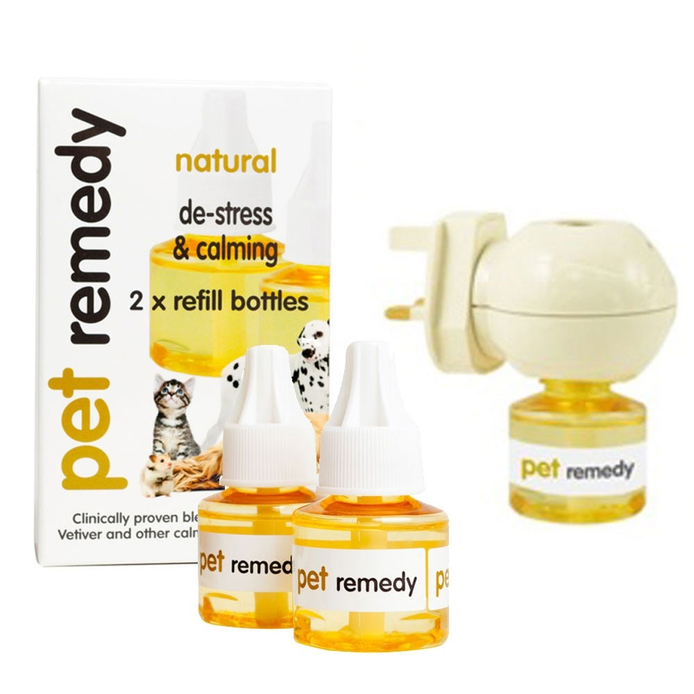 Pet Remedy Plug in Diffuser and 2 Additional Refills